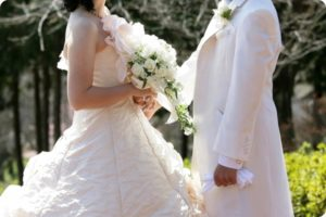 結婚式にバルーンパフォーマーによる演出を企画してみませんか